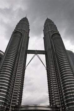 Malaysia's moto is unity through strength. I believe this image captures this phrase perfectly. It highlights the architectural achievements of the country whilst symbolising that two together is stronger and more powerful then one standing alone. #MalaysiaAus #AirAsia