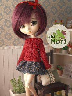 ebiMori Crimson long sleeve sweater for Mori Pullip by ebiMori