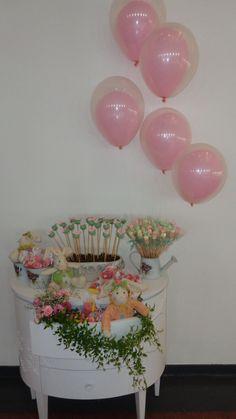 Os pais da Ana Luisa realizaram o aniversário da filhinha Ana Luisa no Espaço W11