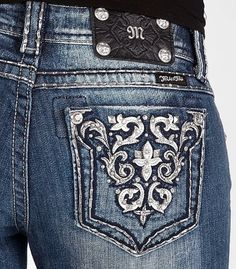 Love this design, and I have these jeans!(: