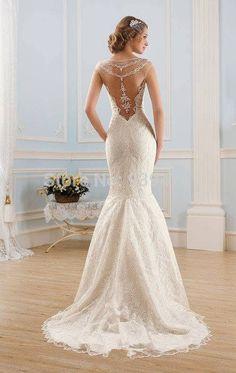 Vestido clásico. Classic dress.