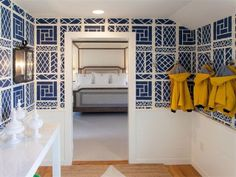 Chinoiserie Chic: Coastal Chinoiserie Entryway and an Inspiration Board
