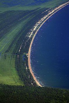 Barguzinsky Gulf Coastline, Lake Baikal, Siberia (by BaikalNature) Beautiful World, Beautiful Places, Russia Ukraine, Siberia Russia, Eastern Europe, Places To Visit, Around The Worlds, Country Roads, Photos