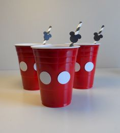 Mickey Mouse Clubhouse Birthday Party Ideas - pink cups make Minnie Mouse Mickey Mouse Bday, Mickey Mouse Clubhouse Birthday Party, Mickey Mouse Parties, Mickey Party, Mickey Mouse Birthday, Disney Parties, Elmo Party, Dinosaur Party, Dinosaur Birthday