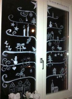 Raamdecoratie - ook leuk voor op een kast met glazen deurtjes :D