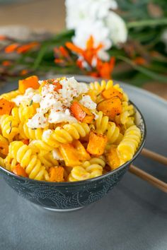 Pasta with baked Hokkaido pumpkin and feta - Schöne Ideen - Radish Recipes, Pasta Recipes, Dinner Recipes, Creamy Pasta Dishes, Feta Pasta, Vegetarian Recipes, Healthy Recipes, Pumpkin Recipes, How To Cook Pasta
