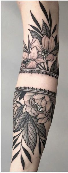 Floral Tattoo Design, Flower Tattoo Designs, Tattoo Designs For Women, Trendy Tattoos, Cool Tattoos, Feminine Tattoos, Small Tattoos, Sexy Tattoos, Arabic Tattoos