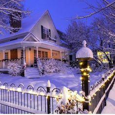 A Christmas Snow Winter Szenen, Winter Magic, Winter Time, Winter Christmas, Winter House, Christmas Lodge, Merry Christmas, I Love Snow, Let It Snow