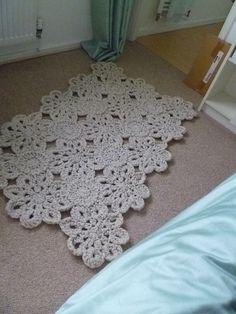 FREE PATTERN: Crochet Rug.