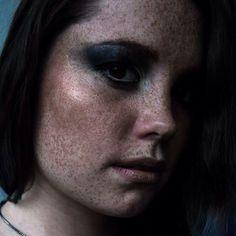 Photo,style,muah: Jannica Stelander @janisjapplin #style #stylist #makeup #makestyhairtographer #Photoshoot #photographer #photo #finland #finnishmodel #grunge #freckles #bluehair #meikkaaja #maskeeraaja #beautiful #teen #topmodel #Photoshoot Photo Style, Freckles, Blue Hair, Finland, Grunge, Stylists, Teen, Photoshoot, Makeup