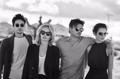 Oliver Peoples celebrates its 30th anniversary with a collection that revisits its archives with every frame engraved with the Feather Filagree. The campaign is shot by legendary photographer Peter Lindbergh. . . . #oliverpeoples #peterlindbergh #adcampaign #luxottica #ambervalletta #monicajagaciak #jacjagaciak #levidylan #alexlundqvist #mojavedesert #featherfilagree #30thanniversary #blackandwhite #fashion #eyewear via L'OFFICIEL SINGAPORE MAGAZINE INSTAGRAM - Fashion Campaigns Haute…