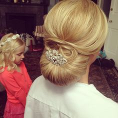 Smooth chignon, classic wedding hair, wedding hairstyle, ash and co.