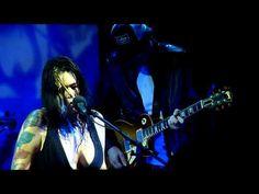 Joe Bonamassa and Beth Hart~~I'll Take Care of You~ Another killer guitar solo!