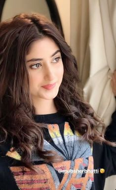 Pakistani Girl, Pakistani Bridal Dresses, Pakistani Actress, Cute Girl Poses, Girl Photo Poses, Girl Photos, Sajal Ali Wedding, Sajjal Ali, Cute Muslim Couples