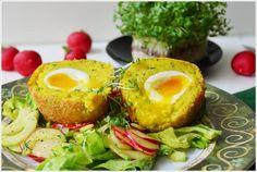 Vollgepackt mit Kartoffeln, kräftigem Kurkuma, Senfkörnern, feurigem Chili und perfekt fließenden Eiern.