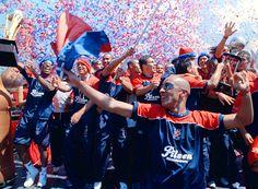 Hoy, 14 de noviembre, en 1913, se fundó el equipo de fútbol, Deportivo Independiente Medellín.