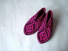 fushia pink and black Traditional Hand Knit by AnatoliaDreams