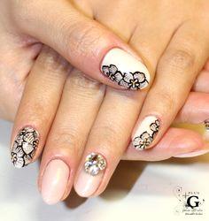 flower lace at spring 2014 #plusG #nail #nailart #naildesign