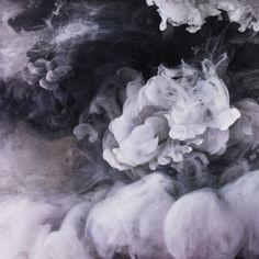 Abstract Images par Kim Keever - Exploration expérimentale de la forme et de la couleur