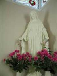 Our Lady of Grace statue at Maranatha Spring and Shrine (Ohio); Holy Love Ministries