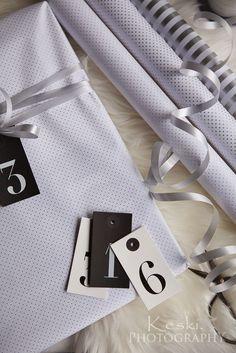 Lovely gift wrapping ideas // Ihanat paketit http://keski.blogspot.fi/2014/12/4-ihanat-paketit.html