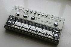 Roland TR-606 Drumatix. Ticky Beats.