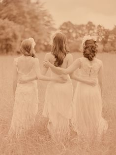 picture idea for with the bridesmaids and then also the groomsmen and then the whole bridal party =)