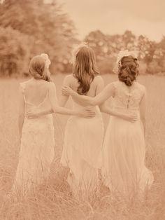accessories, bridesmaid, setting, long, floor, outdoor, field
