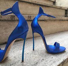 high heels – High Heels Daily Heels, stilettos and women's Shoes Hot High Heels, High Heels Stilettos, High Heel Boots, Womens High Heels, Heeled Boots, Stiletto Heels, Shoe Boots, Shoes Heels, Heeled Sandals