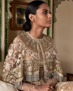 Trendy ideas for sabyasachi bridal couture indian Pakistani Dresses, Indian Dresses, Indian Outfits, Indian Bridal Couture, Hijab Style, Desi Clothes, Cape Dress, Indian Designer Wear, Bollywood Fashion