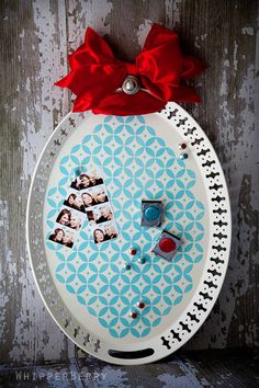 cool magnet board...(the tray is from IKEA!)