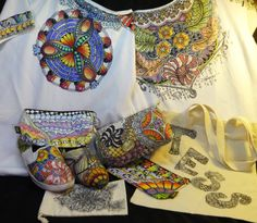 9a441bfe49b examples Zentangle on fabric and color with Derwent Inktense pencils