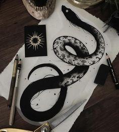 Tattoo Sketches, Tattoo Drawings, Cool Drawings, Body Art Tattoos, Art Sketches, Snake Sketch, Snake Drawing, Tatuagem Old Scholl, Arte Horror