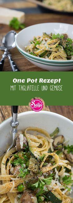 Eintopf-Gericht mit Tagliatelle, Champignons und Zucchini. Schnelles Hauptgericht in unter 15 Min.!