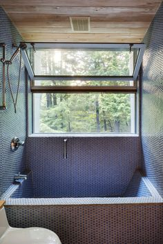 MOUNTAIN:house | INTERSTICE Architects; Photo: Greg Pemru | Archinect