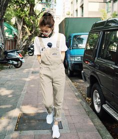 """1,917 Likes, 5 Comments - ⭐️許路兒⭐️ (@lurehsu) on Instagram: """"#moussyhk #moussy #ithk #fingercroxx #adidasoriginals #nmdr1"""""""