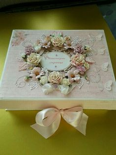 Gorgeous paper flower decorations on this gift box! Decoupage Box, Decoupage Vintage, Vintage Crafts, Wedding Boxes, Wedding Gifts, Decoration Shabby, Flower Decorations, Altered Cigar Boxes, Shabby Chic Crafts