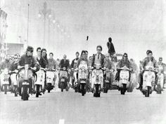 Who can remember or, even, who was a mod? England UK, Mods on their Vespa Scooters Mod Scooter, Lambretta Scooter, Scooter Girl, Vespa Scooters, Vespa Motorcycle, Motor Scooters, Northern Soul, Youth Culture, Mod Fashion