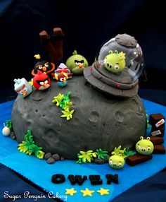 angry birds space cake.. squawk!