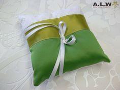Romantisches Ringkissen in Weiß & Grün von alw-design auf DaWanda.com