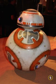 Star Wars: The Force Awakens Costumes on Display Bb8, Look At The Stars, Star Wars Characters, Costumes, Display, Anime, Movies, Floor Space, Dress Up Clothes