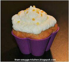 Sandras Ananas-Maracuja Muffins mit Sahne-weiße Schokolade Topping ©Sandra G.