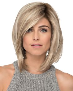 """It can not be repeated enough, bob is one of the most versatile looks ever. We wear with style the French """"bob"""", a classic that gives your appearance a little je-ne-sais-quoi. Here is """"bob"""" Despite its unpretentious… Continue Reading → Choppy Bob Hairstyles, Bob Hairstyles For Fine Hair, Pretty Hairstyles, Bobs For Thin Hair, Blonde Bobs, Blonde Balayage, Auburn Balayage, Hair Trends, Short Hair Styles"""