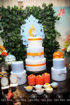 Goldilocks and the Three Bears Themed Party with So Many Cute Ideas via Kara's Party Ideas: The Cake