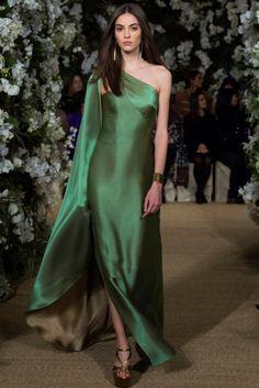 Trend Primavera-Estate 17: one-shoulder dress