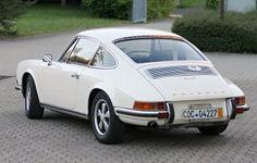 1969 911 (white/black)