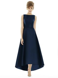 Alfred Sung Style D698 http://www.dessy.com/dresses/bridesmaid/D698/