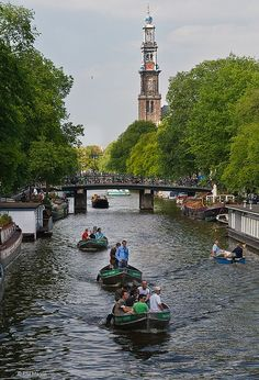 Amsterdam< Netherlands, canal system is the result of conscious city planning in the early 17th century. The canals served for defense, water management and transport.