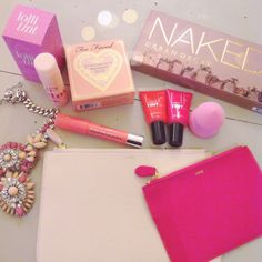Pink and girly shopping