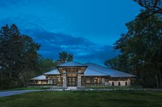This breathtaking Bloomfield Hills manse blends organic appeal with the airy bliss of mid-century modern Bloomfield Homes, Beautiful Interiors, Square Feet, Home Interior Design, Detroit, Mid-century Modern, Bliss, Mid Century, Organic